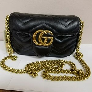 Mini Gucci bag.( measurements in pictures)
